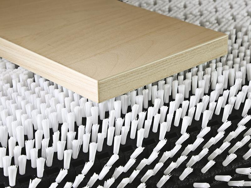 Materialhantering med borstar